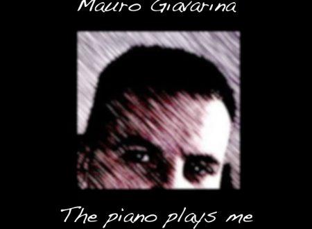 The piano plays me (piano solo)